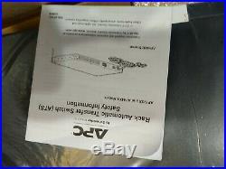 Schneider Electric AP4450 120V 15A APC Rack Black